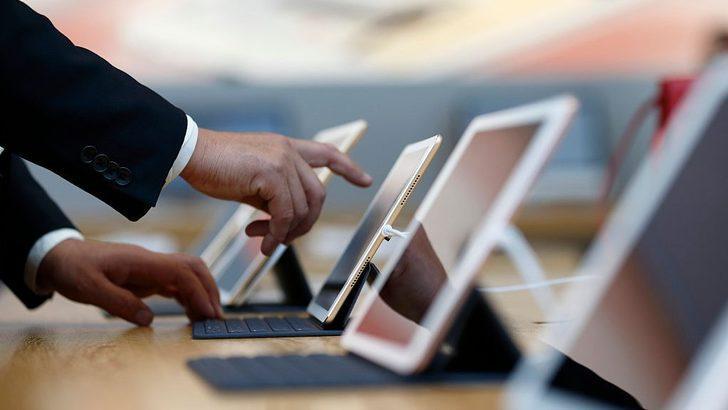 Apple'ın küresel güvenlik sorumlusu hakkında rüşvet suçlamasıyla dava açıldı
