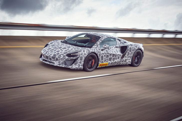 Bekleyiş sona erdi: McLaren yeni otomobilinin adını duyurdu!