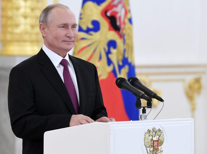 Putin'den 19 yıl sonra bir ilk: Yüksek gelirli vatandaşlardan daha fazla vergi alınacak