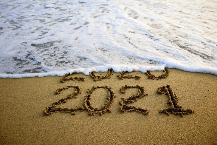 2021 yılbaşı hangi gün araştırılıyor... 31 Aralık okullar tam gün mü tatil, yoksa yarım gün mü? 1 Ocak 2021 resmi tatil mi?