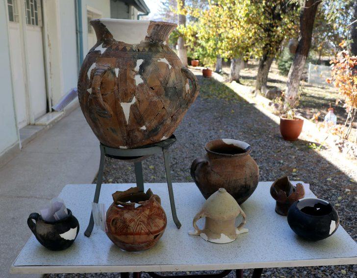 Tam 4 bin 200 yıllık! Kültepe'de mezar küpü heyecanı