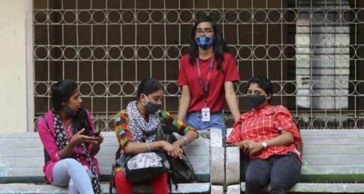 Hindistan'da kadınların din değiştirmesini hedefleyen evlilikler yasaklandı