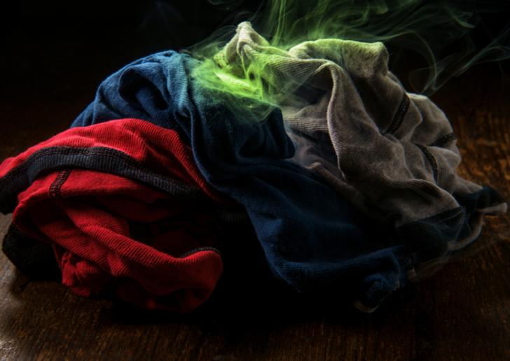 Giysiler yıkandıktan sonra kokuyor mu? Buna neden olan şey...