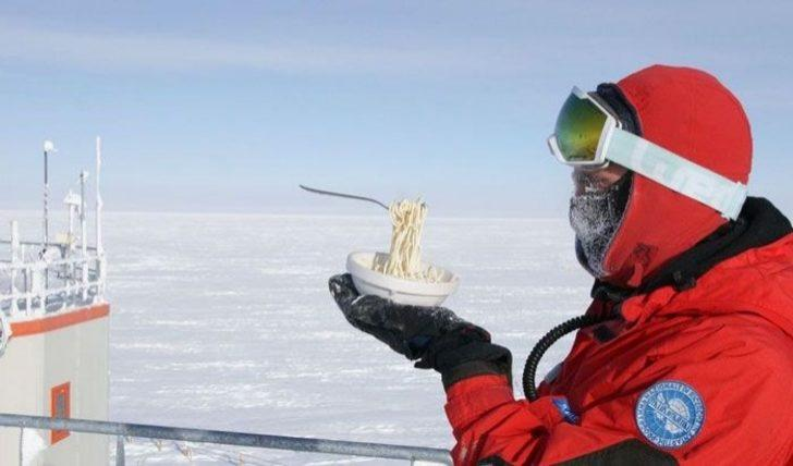 Antarktika'da eksi 70 derecede yemek yapmak