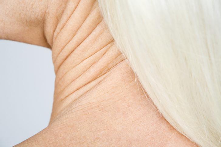 Boynunuz yaşınızı ele vermesin