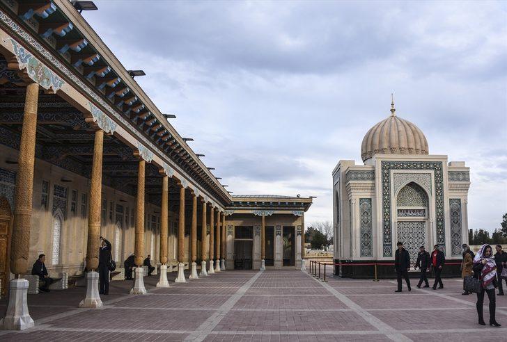 Orta Asya'nın mavi kubbeli incisi