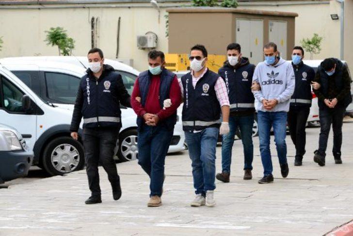 Adana'da tarla parası nedeniyle kaçırdıkları çiftçiyi, bilardo sopalarıyla döverek öldürdüler