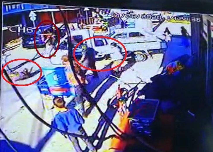 Bursa'da 4 kişinin yaralandığı silahlı çatışmanın görüntüleri ortaya çıktı