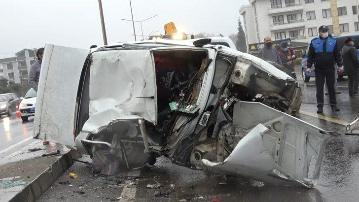 Yalova'da zincirleme kaza! 6 araç birbirine girdi: 1 ölü, 10 yaralı