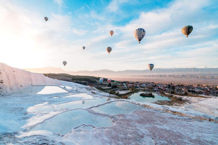Pamukkale balon turu: bembeyaz bir yolculuk