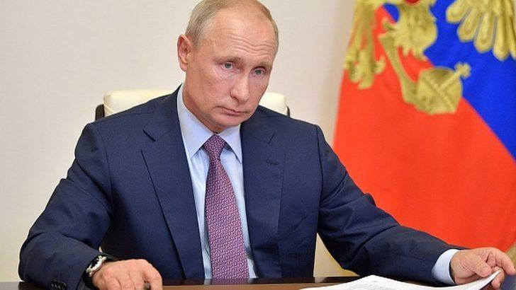 Covid-19 aşısı: Putin, koronavirüs aşısının yaygın kullanımına gelecek hafta başlama talimatı verdi