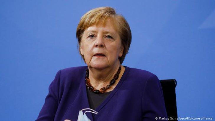 Almanya'da kısıtlamalar 11 Ocak'a kadar uzatıldı