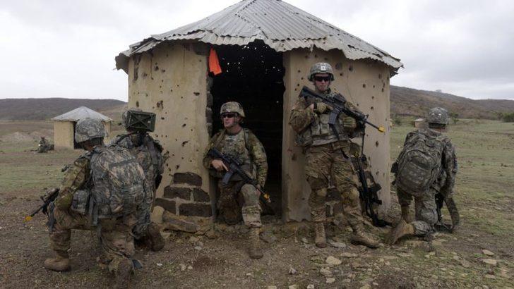 ABD Başkanı Trump'ın Somali'den Asker Çekme Kararı Sorgulanıyor
