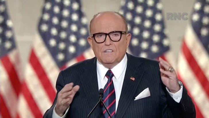 Trump'ın Avukatı Giuliani'nin Corona Testi Pozitif Çıktı