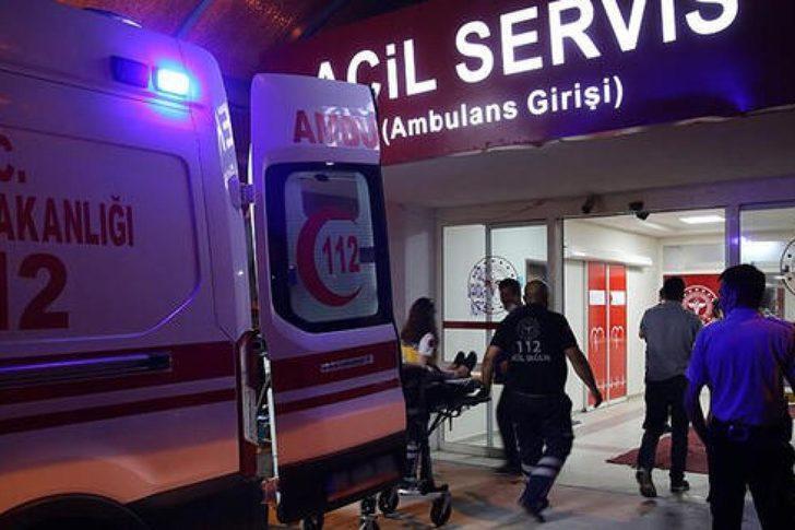 Denizli'de tarım işçilerini taşıyan midibüs devrildi: 23 yaralı