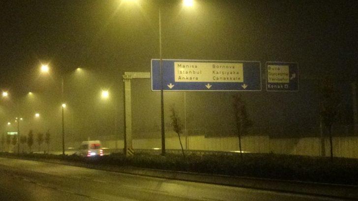 İzmir'de sisli hava etkili oldu