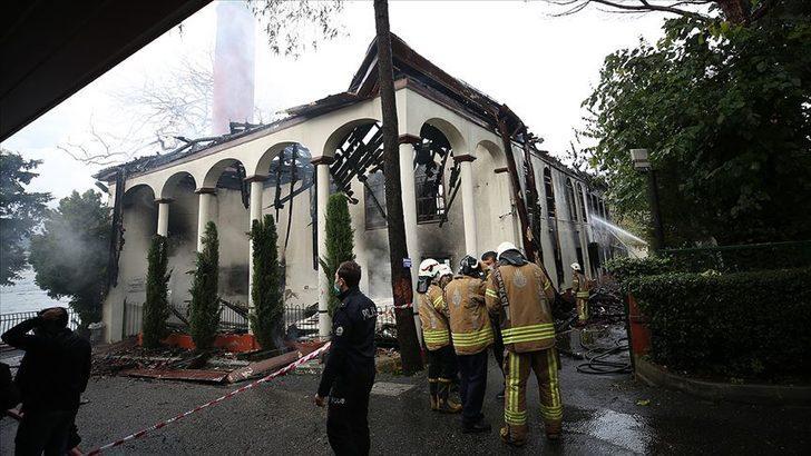 Vaniköy Camii'ndeki yangın: Kasıt bulunmadı