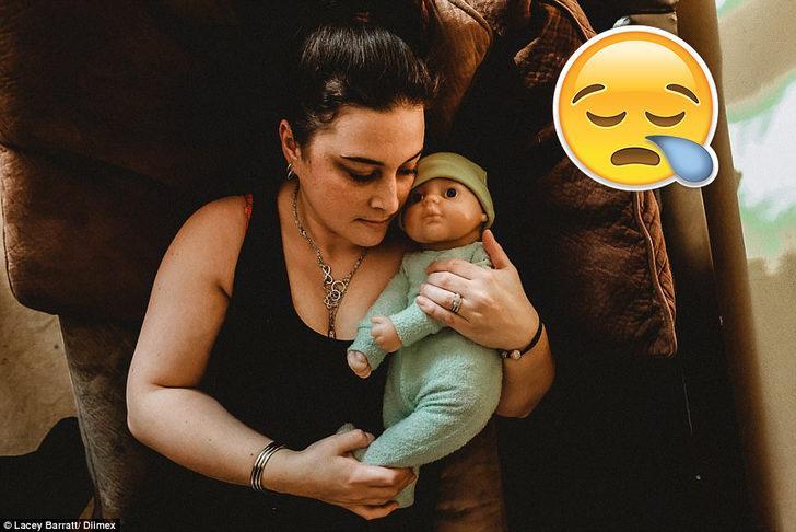Acıyı yenmek ne zor: Bebeğini kaybeden anne, teselliyi oyuncak bir bebekte buldu
