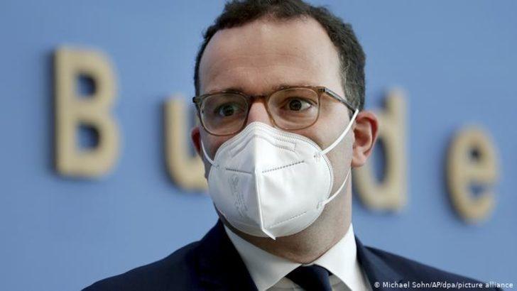 """Alman Sağlık Bakanından """"gargara"""" tavsiyesi"""