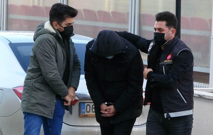 3 bin 526 adet uyuşturucu hapla yakalanan 2 kişi tutuklandı