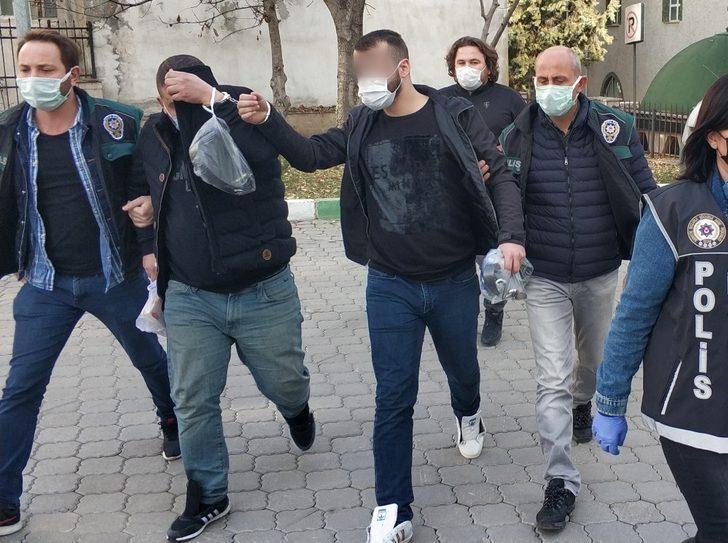 Samsun'da araçlarında kokain ele geçen 2 kişi adliyede
