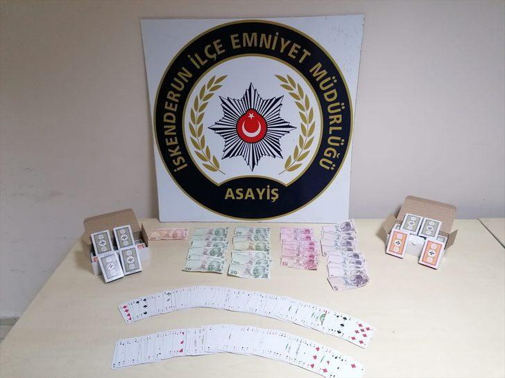 Hatay'da kumar oynayan 11 kişiye 48 bin 400 lira ceza kesildi