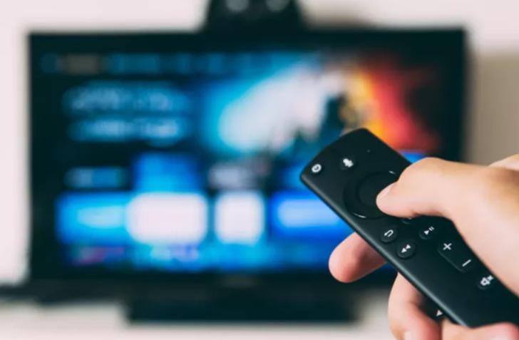 TV yayın akışı 17 Ocak 2021 Pazar! Bugün kanallarda ne var? Show TV, TV8, Kanal D, Star TV, FOX TV, ATV yayın akışı...