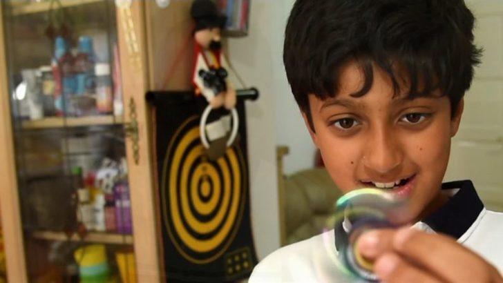 IQ testinde Albert Einstein'ı  geride bırakan 11 yaşındaki deha Arnav Sharma