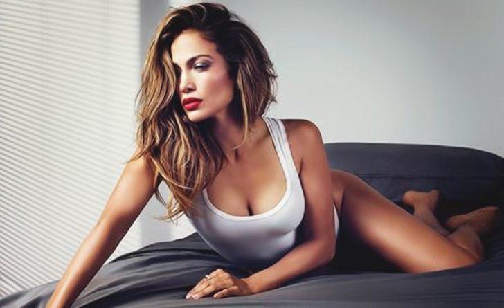 Jennifer Lopez ile Armie Hammer'ın başrollerini paylaştığı Shotgun Wedding cephesinde yeni gelişmeler var