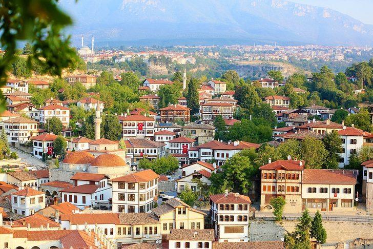 Safranbolu nerede, nereye bağlı? Safranbolu evleri, cam teras, saklı kent nerede?