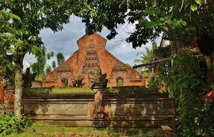Bali nerede, nasıl bir ülke? Nüfusu kaç; parası, dini, dili, başkenti nedir?