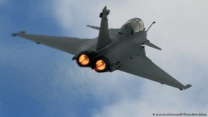 Yunanistan Fransa'dan 2,3 milyar euroluk savaş uçağı alacak
