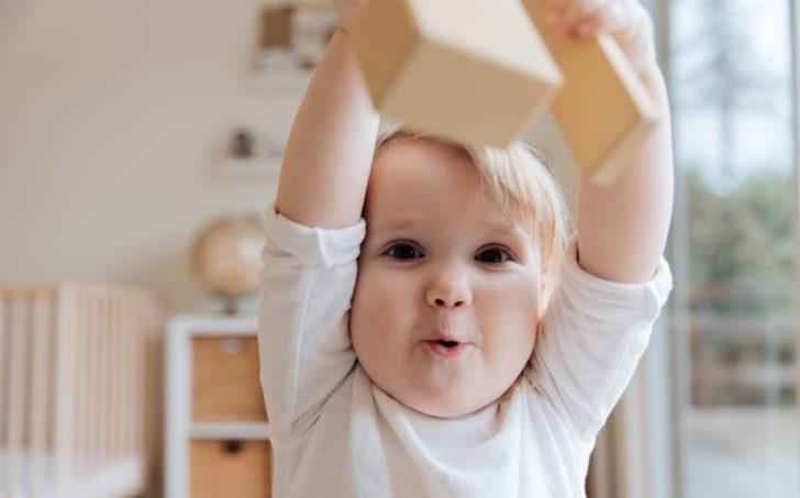 Bebeklerde hiperaktivite nedir?