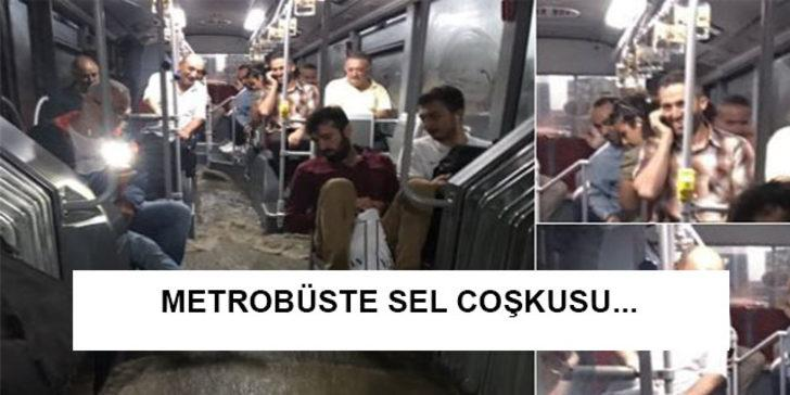 Twitter kullanıcıları acınacak halimize güldürdü: Sağanak yağış İstanbul'u tepetaklak etti, mizahşörler coştu