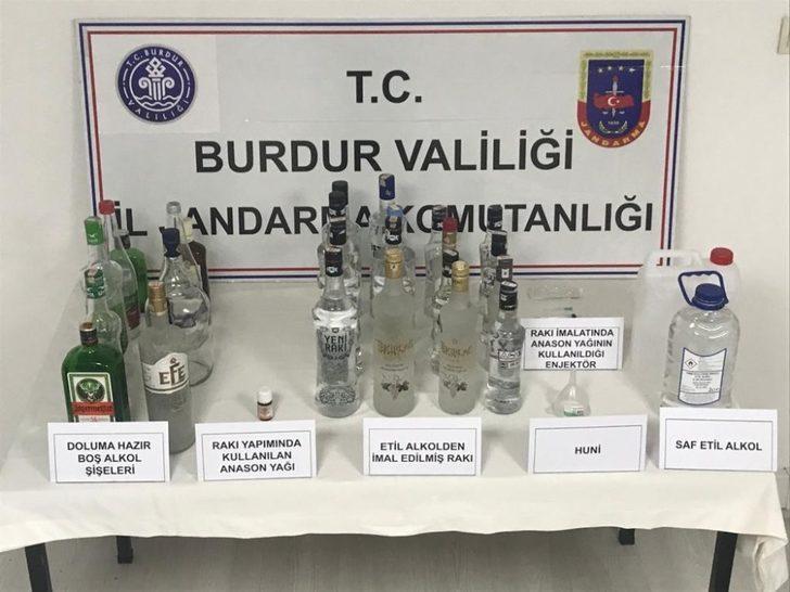Burdur'da kaçak içki operasyonu: 2 gözaltı