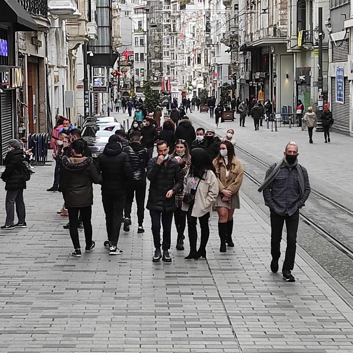 Taksim Meydanı ve İstiklal Caddesi turistlere kaldı!