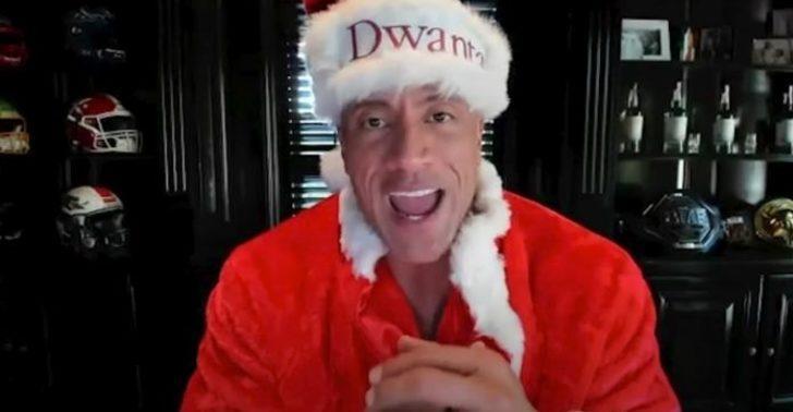 Dwayne Johnson, Noel'i Dwanta şapkasıyla kutladı