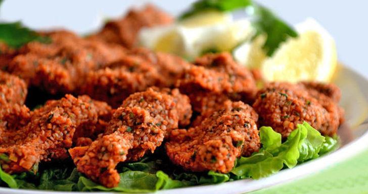 Çiğ köfte tarifi: 5 dakikada etsiz çiğ köfte nasıl yapılır?