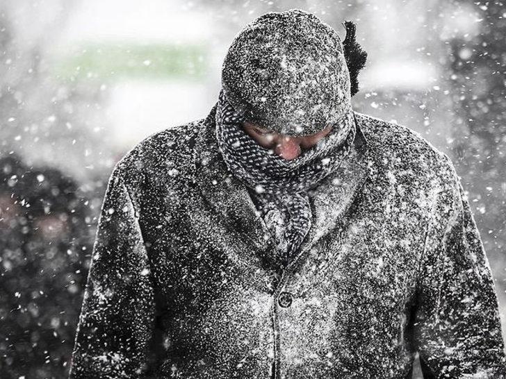 Meteoroloji'den kuvvetli sağanak ve kar uyarısı! Bu bölgelerde oturanlar dikkat (23 Aralık İstanbul'da hava durumu)