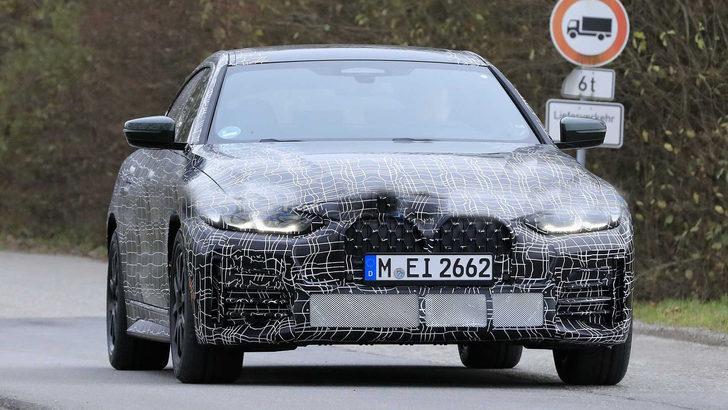 2022 BMW 4 Serisi Gran Coupe son haliyle kameralara yakalandı