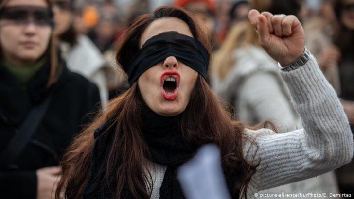 Türkiye'de kutuplaşma: Farklı siyasi parti taraftarları ötekileştiriliyor