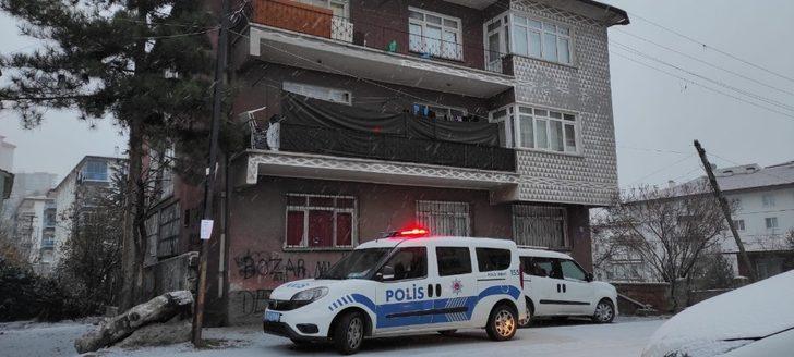 Ankara'da 3 aylık bebek annesini emerken boğularak öldü