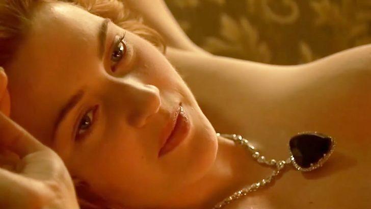 Boynunda o kolyeyle çırılçıplak poz vermişti... Titanic filmindeki büyük açık böyle ortaya çıktı