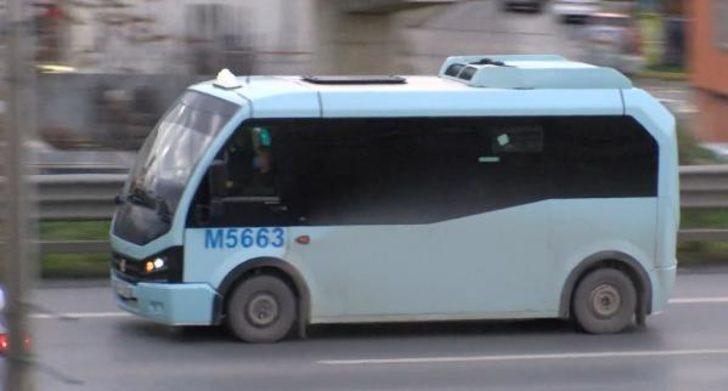 """İstanbul'da fazla yolcu taşıyan minibüslerin """"görünmezlik"""" hilesi"""