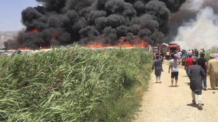 Lübnan'da Çıkan Bir Kavganın Ardından Mülteci Kampı Ateşe Verildi