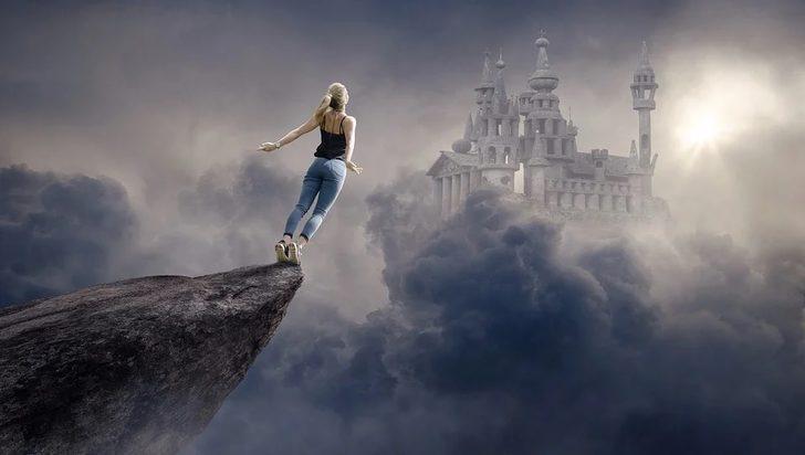 Rüyada yüksekten düşmek ne demek, ne anlama gelir?