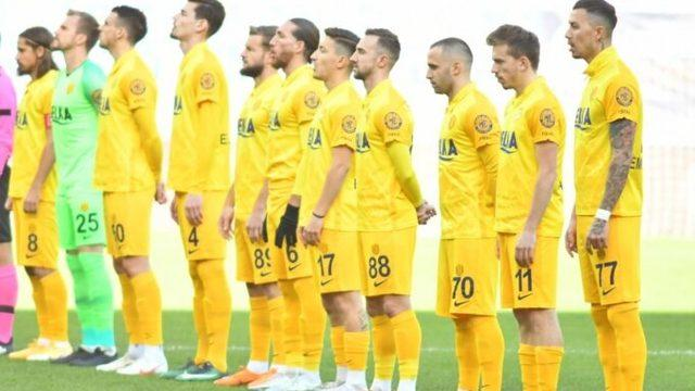Süper Lig ekibinde şok! Transfer yasağı getirildi