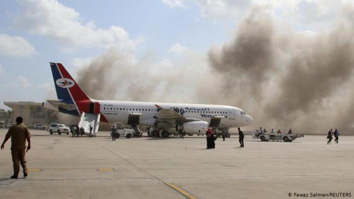 Yemen: Yeni hükümetin indiği havalimanında patlama