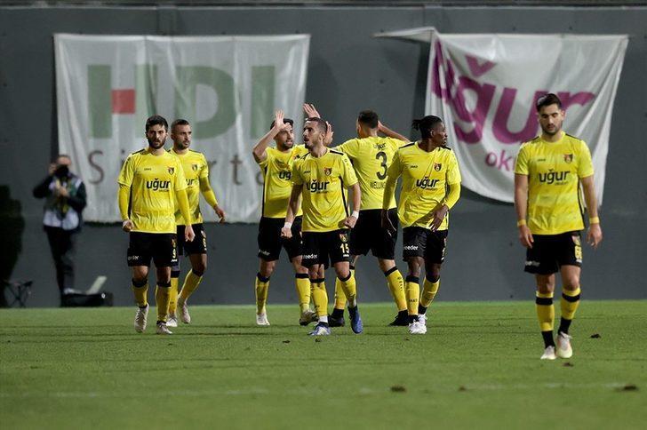 İstanbulspor: 3 - Adana Demirspor: 1 (Maç Sonucu)