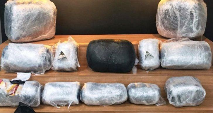 Şanlıurfa'da 66 kilogram uyuşturucunun ele geçirilmesiyle ilgili 2 zanlı tutuklandı